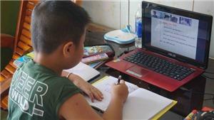 Gần 700.000 học sinh tại TP HCM bắt đầu năm học 2021-2022