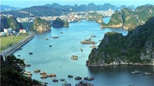 Quảng Ninh đón 2,5 triệu lượt khách, quyết tâm vượt khó đại dịch