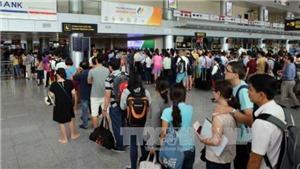 Nhân viên hàng không 'tuồn' thông tin hành khách cho các hãng taxi