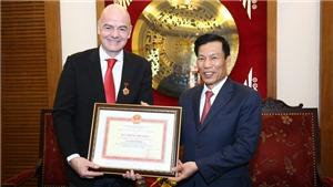 Chủ tịch FIFA ấn tượng với U23 Việt Nam