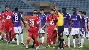 VIDEO Hà Nội 5-2 Viettel: Cận cảnh pha bóng khiến Trọng Hoàng nhận thẻ đỏ trực tiếp