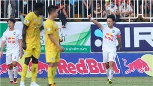 V-League vòng 10: Siêu phẩm của Xuân Trường và tấm thẻ đỏ của Lee Nguyễn
