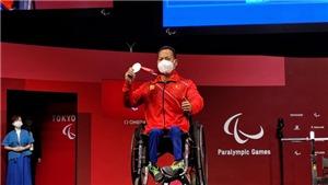 Vượt qua chấn thương, Lê Văn Công xuất sắc giành HCB Paralympic Tokyo