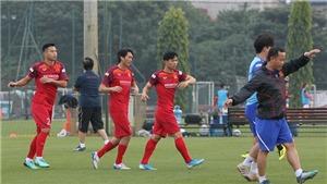 VIDEO bóng đá Việt: Lộ 2 cái tên bị ông Park Hang Seo loại. ĐTVN đóng cửa với báo chí