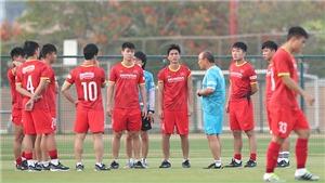 Bình luận viên Quang Huy: 'Chưa cần lập hai đội tuyển quốc gia riêng biệt'