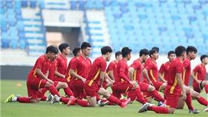 Việt Nam vào vòng loại thứ ba: Những 'đêm trắng' cùng bóng đá