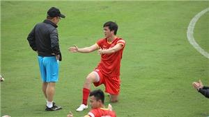 HLV Park Hang Seo gây bất ngờ với người thay Hùng Dũng