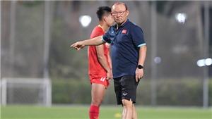 Bình luận viên Quang Huy: 'Chờ tài thao lược của thầy Park'
