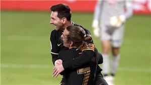 Barcelona: Thời Messi trao yêu thương