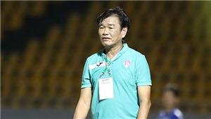 HLV Phan Thanh Hùng: 'Tôi dừng lại để đội bóng có giải pháp mới'