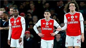 Arsenal không khủng hoảng, họ tồi tệ