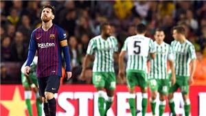 Barcelona: Tạm biệt chức vô địch vì hàng thủ thảm họa?