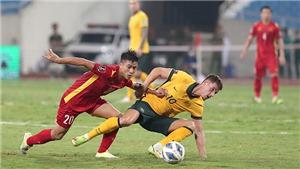 Đội tuyển Việt Nam tìm điểm trong tháng 10
