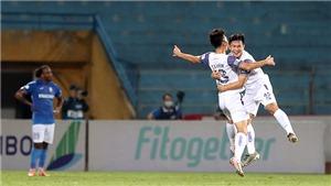 Hà Nội FC tạm thoát hiểm tại V-League