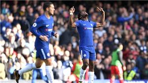 Batshuayi là siêu dự bị đích thực mà Chelsea cần