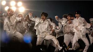 Khép lại chặng diễn Speak Yourself ở Mỹ, báo giới tung hô BTS là những 'vị vua' pop mới