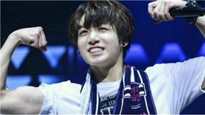 Jungkook thể hiện sức mạnh cơ bắp, nhiều lần 'em út' BTS coi các anh như dụng cụ tập gym