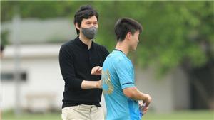 HLV Park Choong-kyun 'chào sân' tại CLB Hà Nội