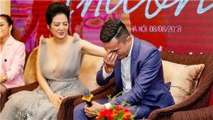 MV của Đinh Hiền Anh làm Tú Dưa bật khóc khi nhắc đến chuyện tình dang dở của bố mẹ