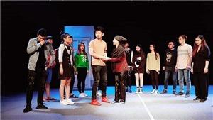 Nhà biên kịch Hàn Quốc đưa 'xe ôm' Việt lên sân khấu