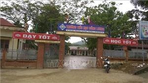 Đại diện Bộ GD&ĐT thăm hỏi nạn nhân vụ án mạng đặc biệt nghiêm trọng tại trường học ở Thanh Hóa