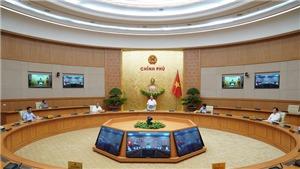 Thủ tướng: Cho phép mở lại các dịch vụ không thiết yếu, trừ vũ trường và karaoke