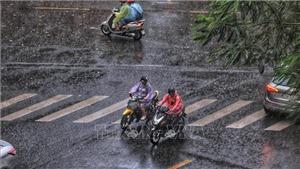 Bắc Bộ tiếp tục mưa dông, cảnh báo lũ quét và sạt lở đất