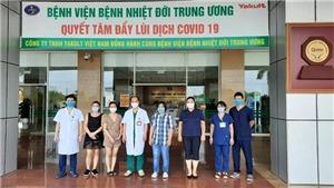 Trong 15 bệnh nhân còn lại đang điều trị COVID-19, hiện có 3 ca âm tính lần 2 trở lên với virus SARS-CoV-2