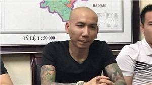 Công an bắt giang hồ mạng Phú Lê