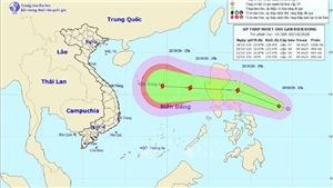 Ảnh hưởng bão số 14, khu vực giữa và Nam Biển Đông gió giật cấp 11, biển động rất mạnh