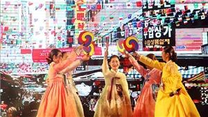 Những biểu tượng của làn sóng văn hóa Hàn Quốc trong năm 2020