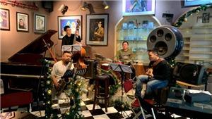 Nghệ sĩ Quyền Thiện Đắc chơi jazz với quan họ