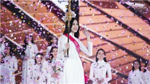 Tân Hoa hậu Đỗ Thị Hà:'... cô gái nhỏ, cần thời gian để trưởng thành'