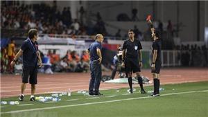 AFC cấm chỉ đạo 4 trận với HLV Park Hang Seo