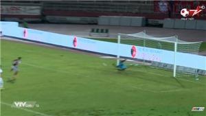 VIDEO: Nguyên Mạnh cản phá 11m xuất thần, Viettel lên đỉnh bảng V-League