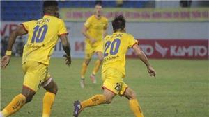 Video bàn thắng Đà Nẵng 1-2 SLNA: Cú đúp siêu phẩm của Phan Văn Đức