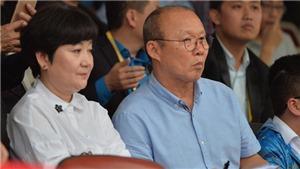 Bóng đá Việt Nam cảm ơn vợ HLV Park Hang Seo
