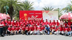 Các nghệ sĩ, golfer quyên góp 230 triệu đồng cho Quỹ 'Gắn kết yêu thương'