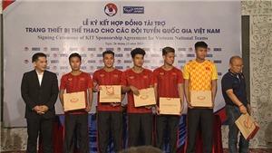 HLV Park Hang Seo không vui trong ngày tuyển Việt Nam gia hạn hợp đồng tài trợ