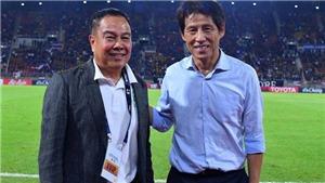 Thái Lan chờ HLV Akira Nishino 'dài cổ'