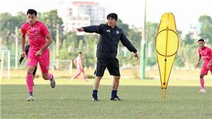 HLV Vũ Tiến Thành không đủ cho tham vọng của Sài Gòn FC
