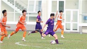 HLV Vũ Tiến Thành giữ chân cầu thủ dự World Cup
