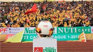 CĐV Nam Định gây 'sốt' tại sân Gò Đậu