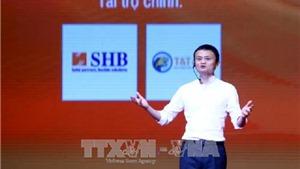 Tỷ phú Jack Ma trò chuyện với gần 4.000 sinh viên tại Hà Nội
