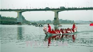 Chùm ảnh hội đua thuyền truyền thống trên sông Lô