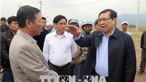 Lật xe tại tuyến đường tránh Nam Hải Vân: Khẩn trương điều trị cho các nạn nhân bị thương