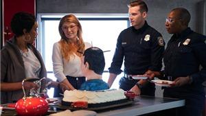 Tối nay, VTV phát sóng '9-1-1' - series phim về những người hùng thầm lặng để cứu người