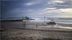 Siêu bão Leslie: Hàng trăm nghìn người ở Bồ Đào Nha rơi vào cảnh mất điện