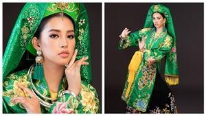 Hoa hậu Thế giới 2018: Trần Tiểu Vy múa chầu văn 'Cô đôi thượng ngàn'