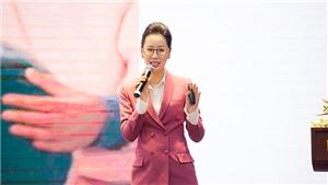 Dương Thuỳ Linh gây chú ý khi tự tin làm diễn giả nói tiếng Anh về bình đẳng giới